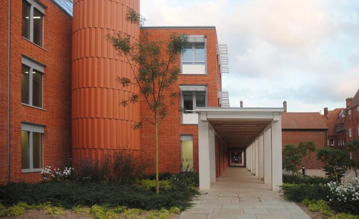 girton college courtyard