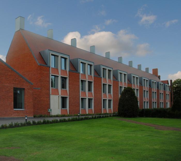 girton college new building